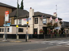 Staines, The North Star, Middlesex © Ray Stanton